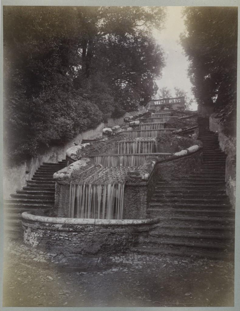 Image of the cascade at Villa Torlonia