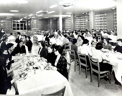 1950's Family-style dining in the Alverno Commons