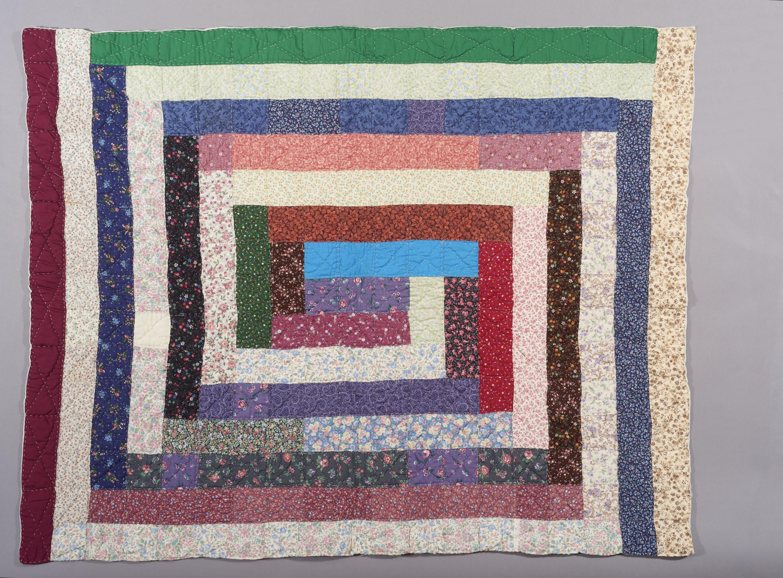 Picture of Multi-Colored Block Quilt, Smithsonian Anacostia Community Museum, Artist: Ira Blount