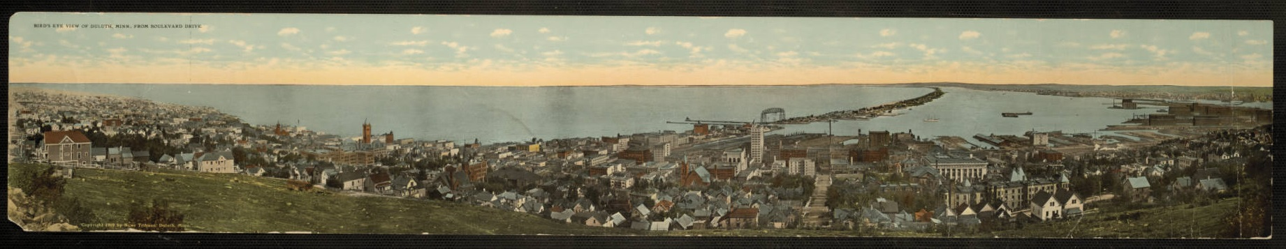 Bird's Eye View of Duluth, Minnesota, circa 1925