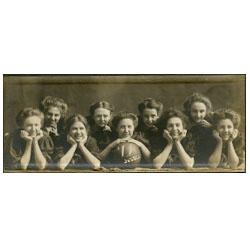 Photograph of women's basketball team