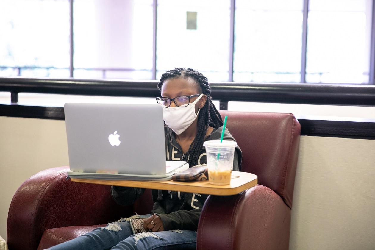 Student wearing mask