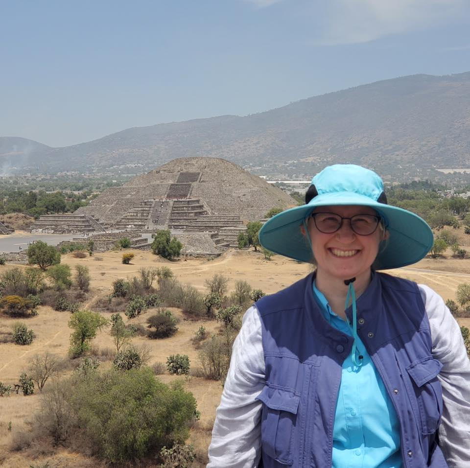 Photo of Beth King at Teotihuacan