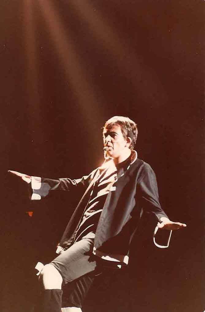 Peter Gabriel performance photo