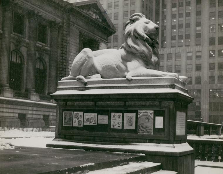 Photo of NYPL lion