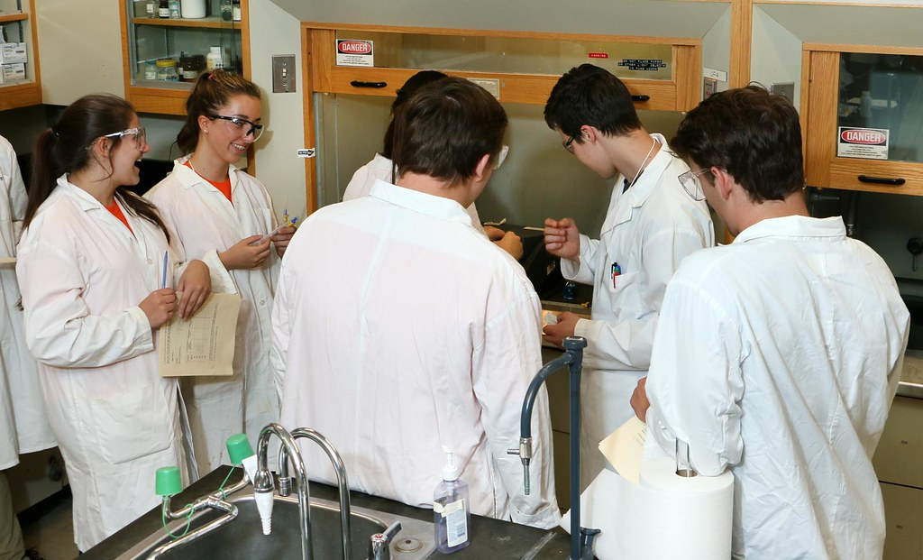 """Chem contest lab exercise"" by Thompson Rivers is licensed under CC BY-NC-SA 2.0"