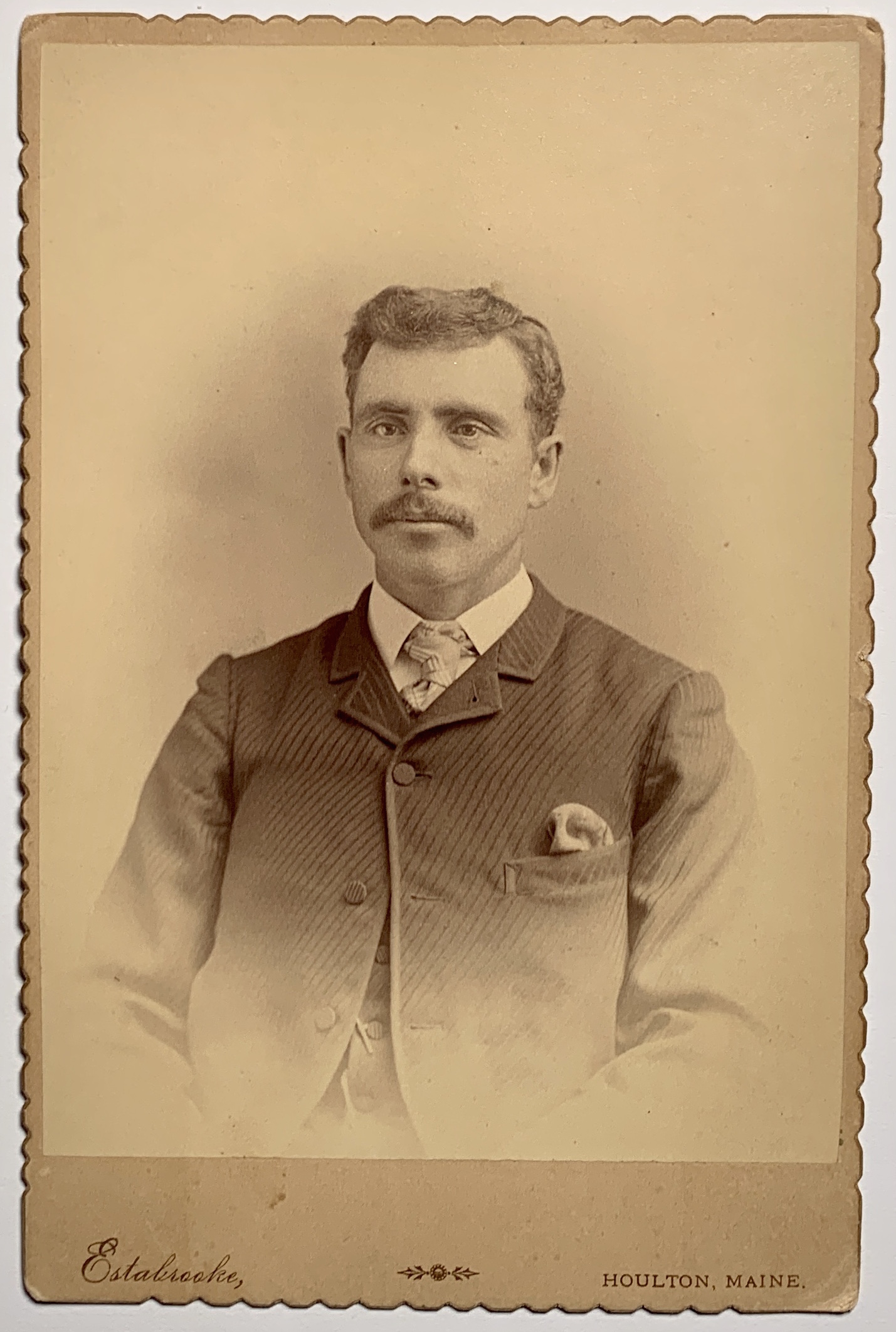19th century cabinet card portrait of man from Maine.