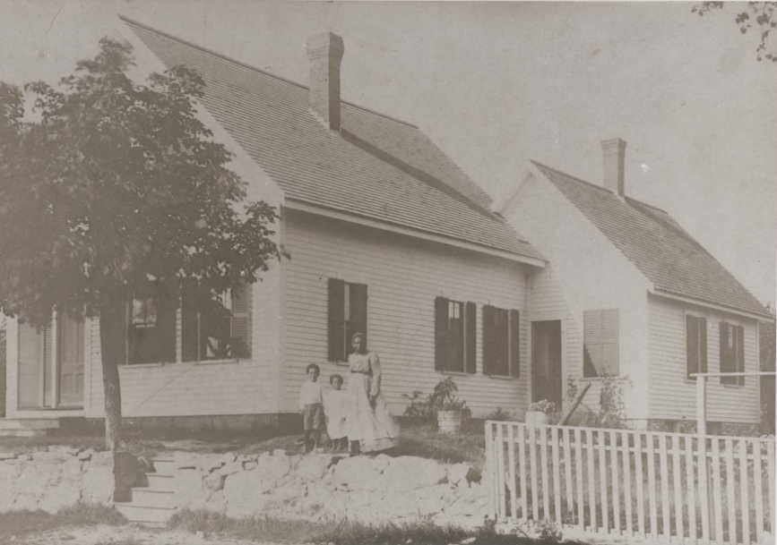 small houses with african american family