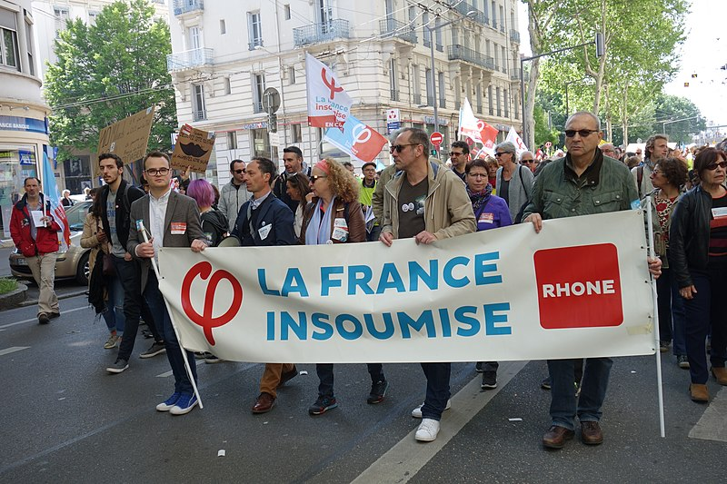 People protesting in France May 2019
