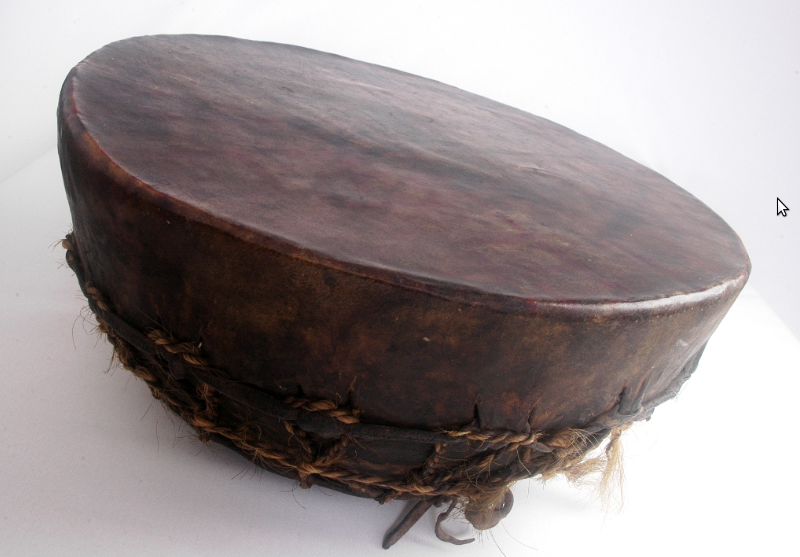 photo of kultrung, a percussioninstrument for the Mapuche people