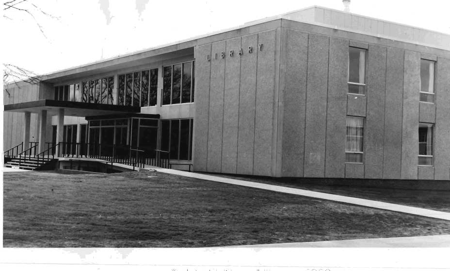 Calvin T. Ryan Library in 1963