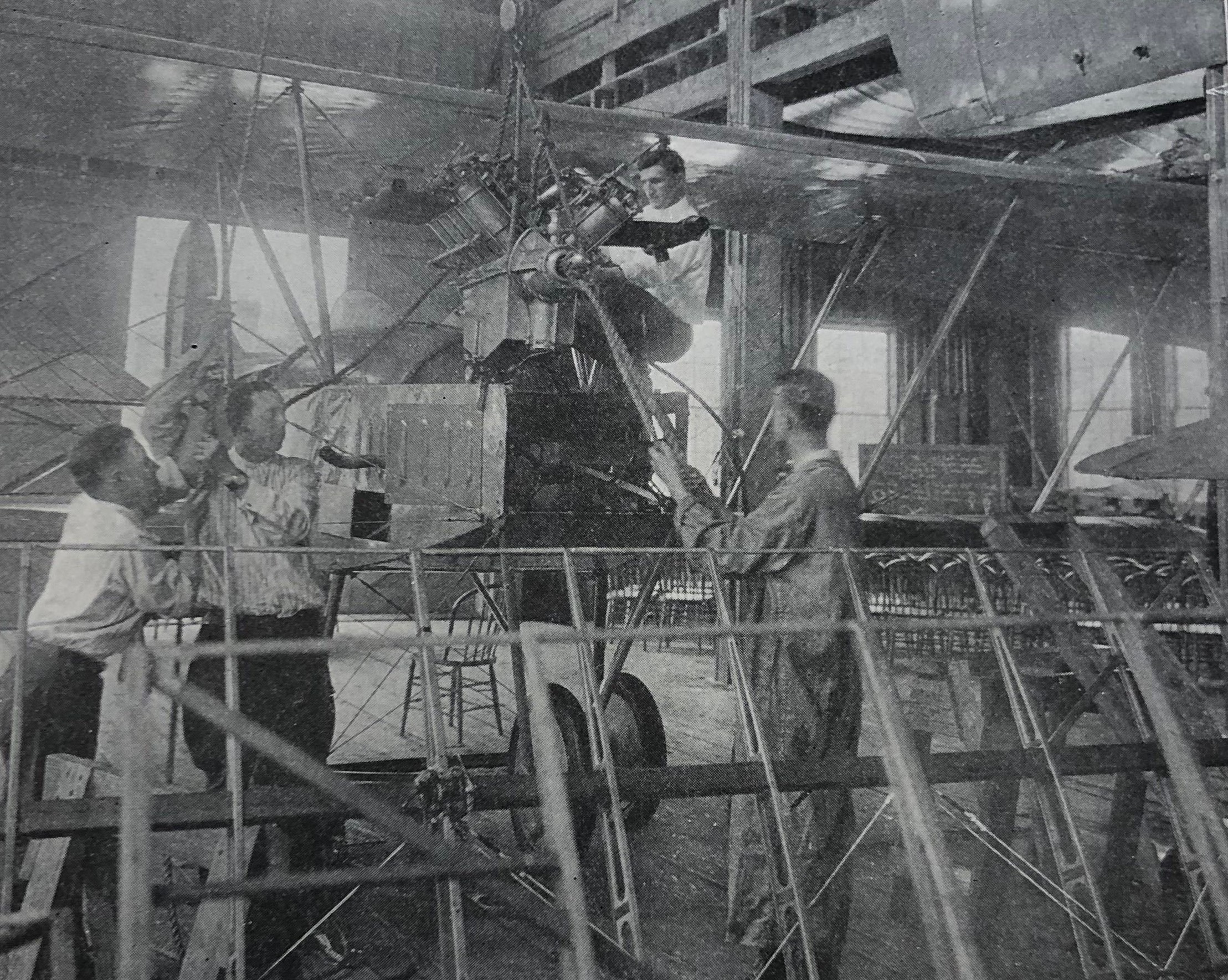 Aeronautical Engineering Students, World War I