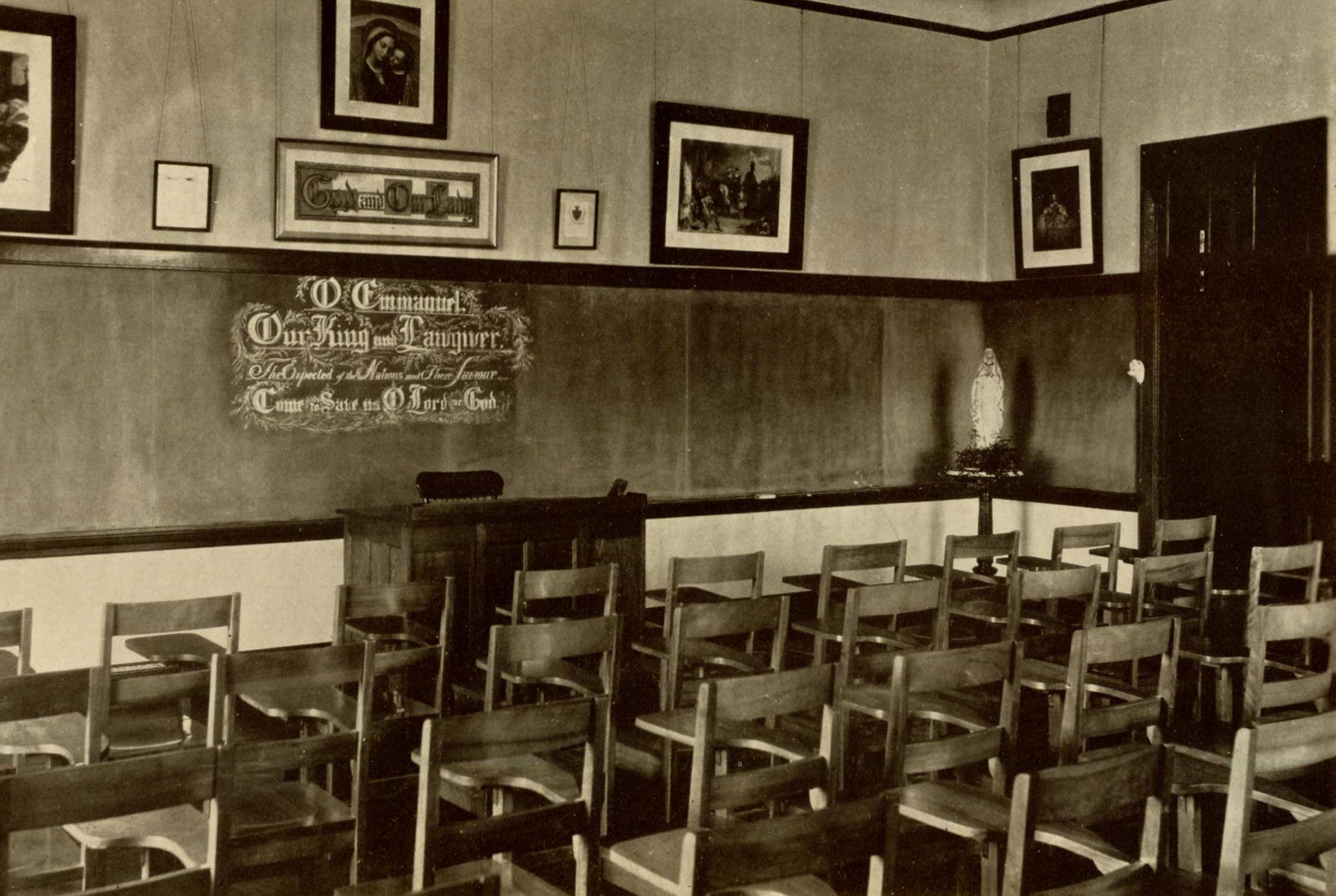 Admin. Building Classroom, 1927-1928