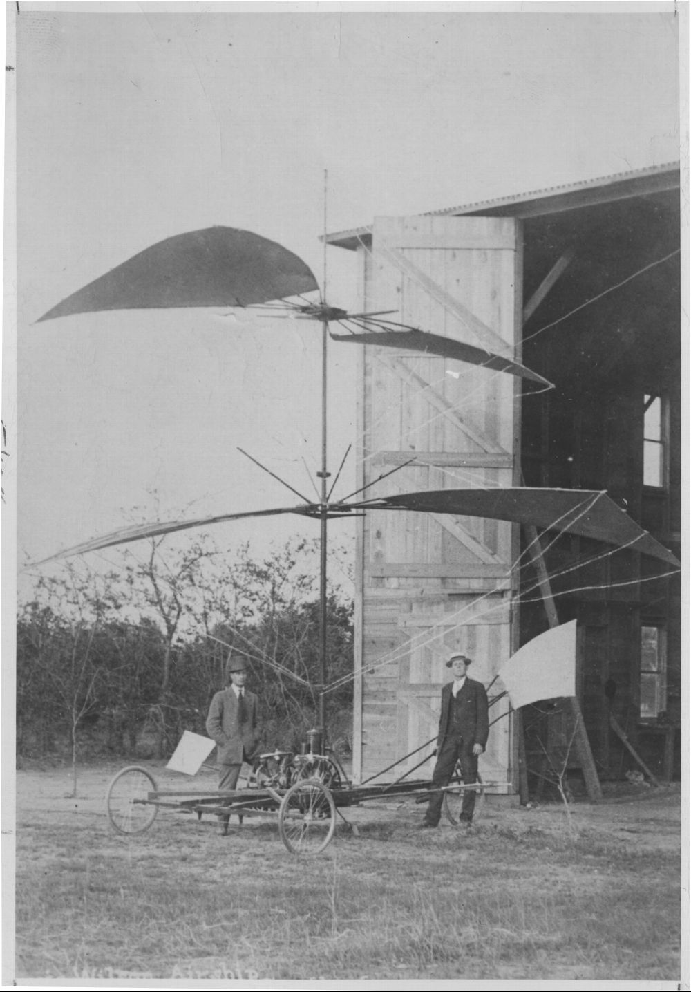 1910_Goodland flying machine