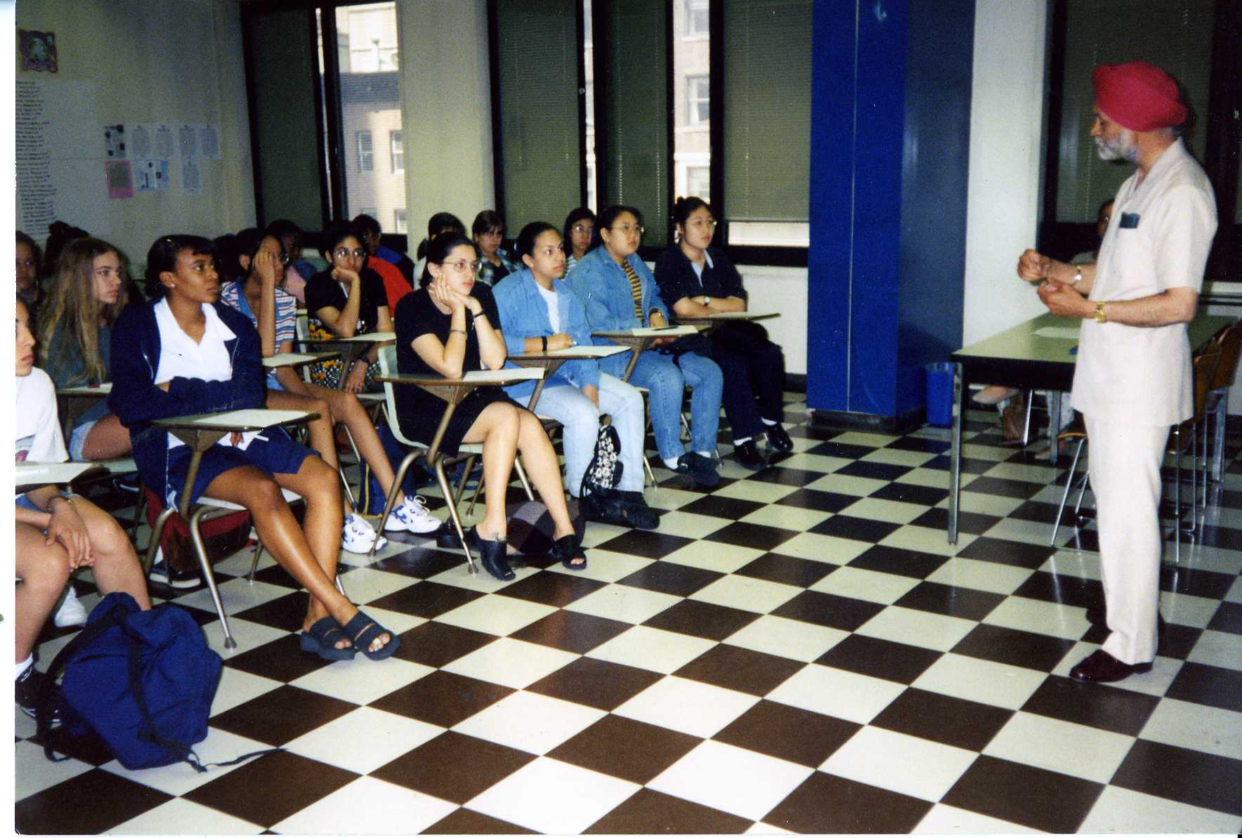Profgessor Gurcharan Singh lecturing in Nugent, 1996.