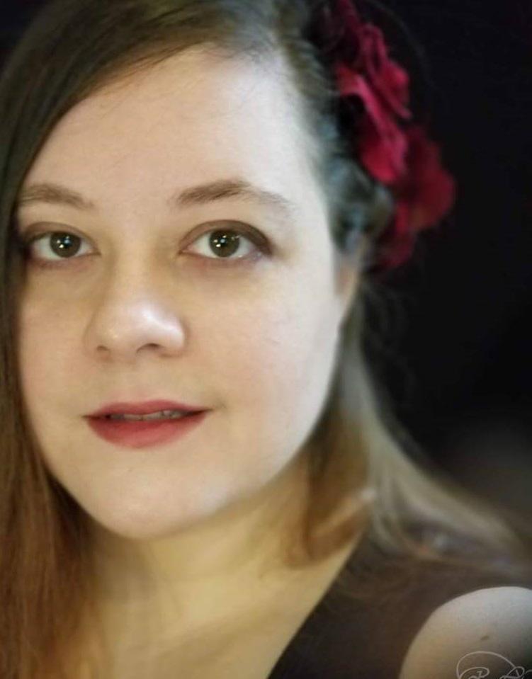 photo of Robyn Lloyd