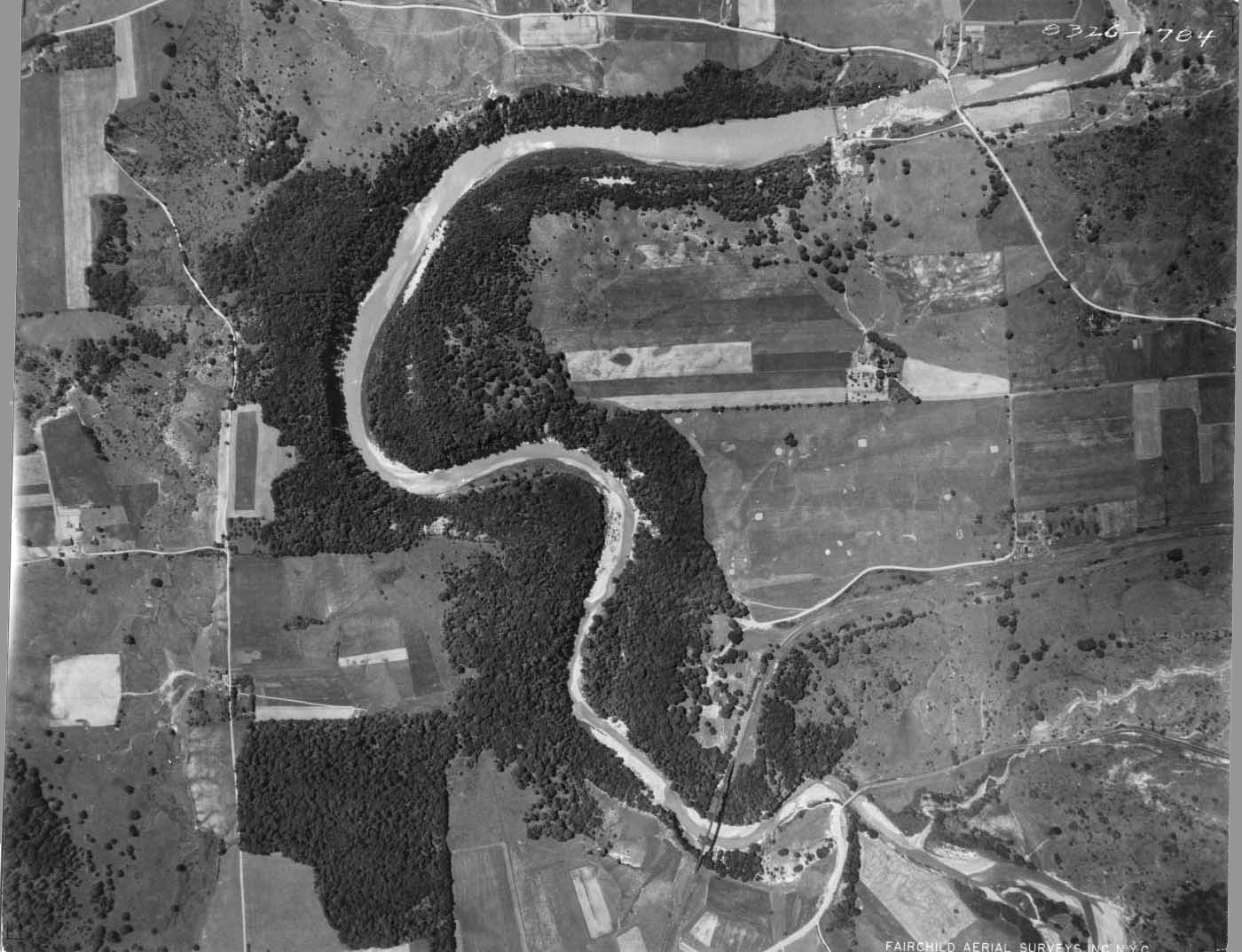 Aerial photo of Ashford Hollow in 1929
