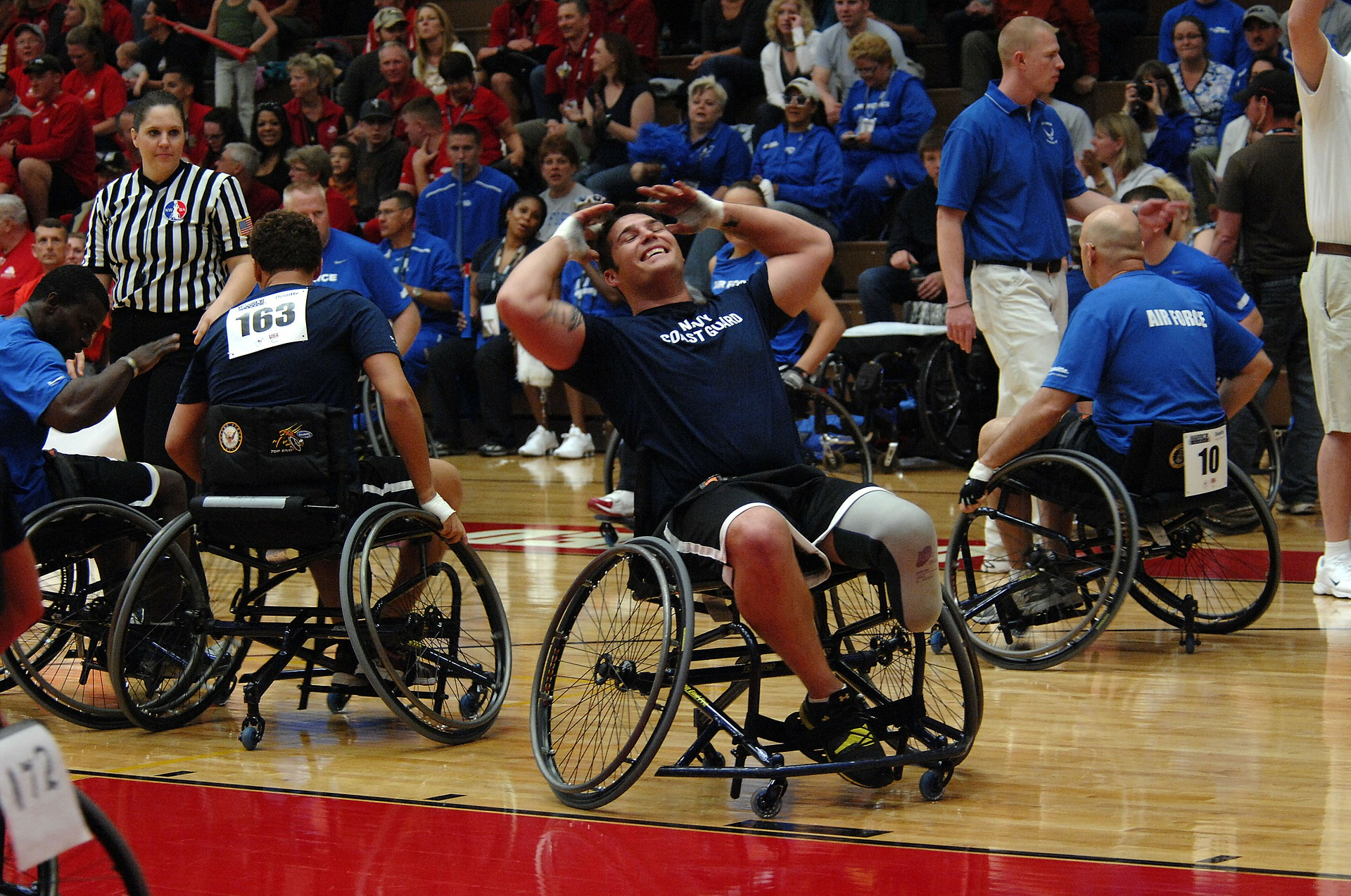 Wheelchair basketball game picture