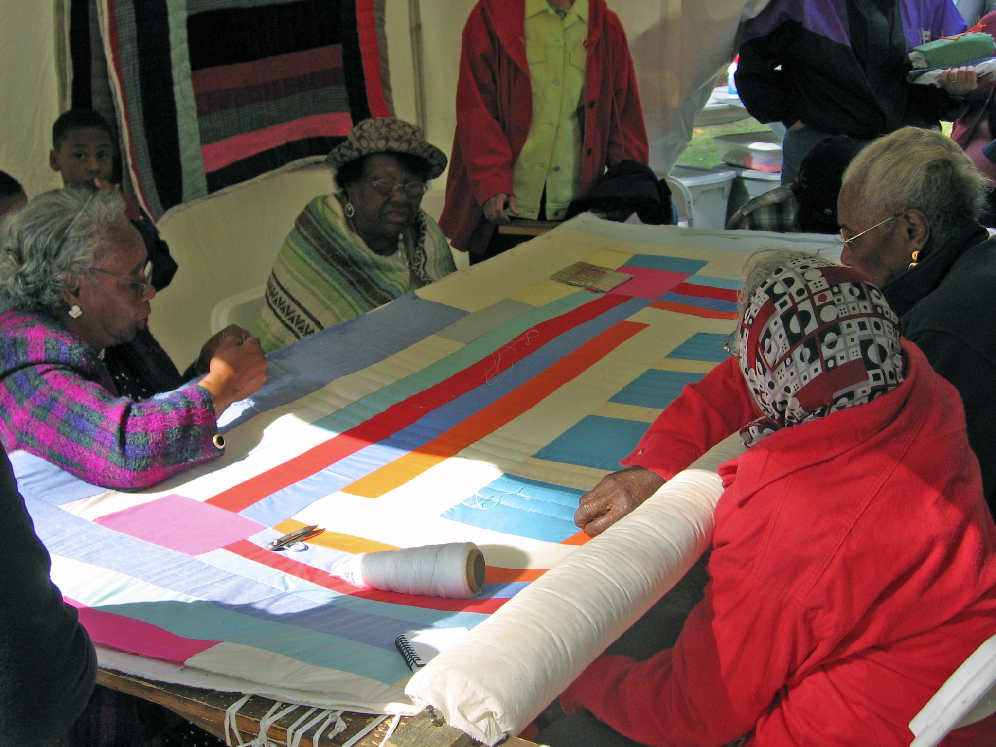 Gee's Bend quilting bee