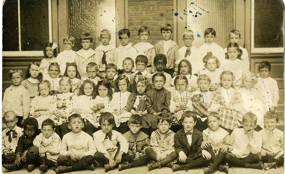 Dwight School, 1907