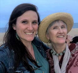 Picture of Jennifer Moreland and her Mother