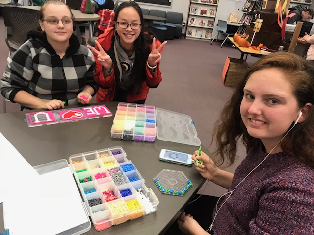 Picture of students doing makerspace craft