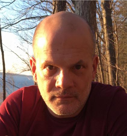 Headshot of David Andrews