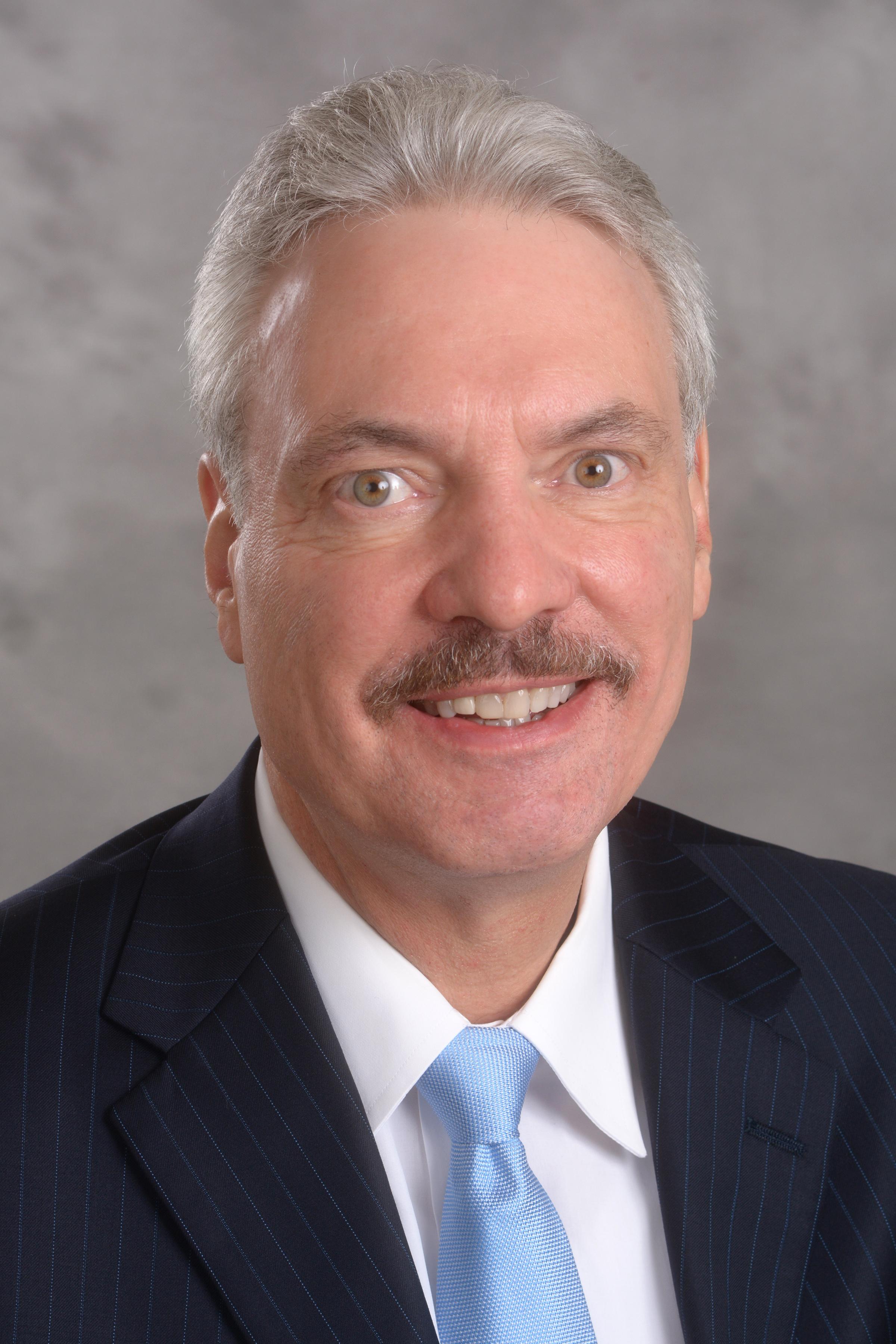 Richard Skolnik headshot