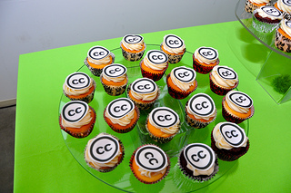 A photo of cupcakes on a serving platter