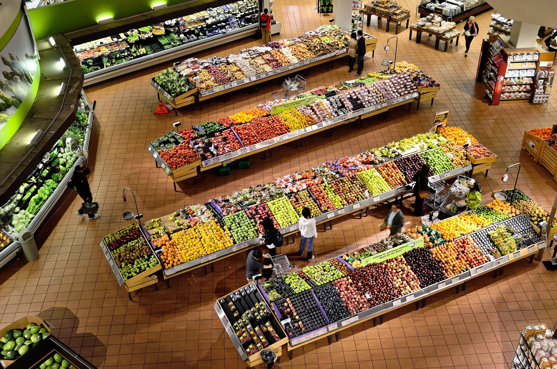 grocery store with produce isles