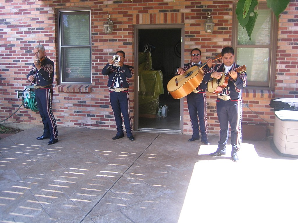 Mariachi Band at Boswell House, by IowaPolitics.com Licensed CCBY SA 2.0