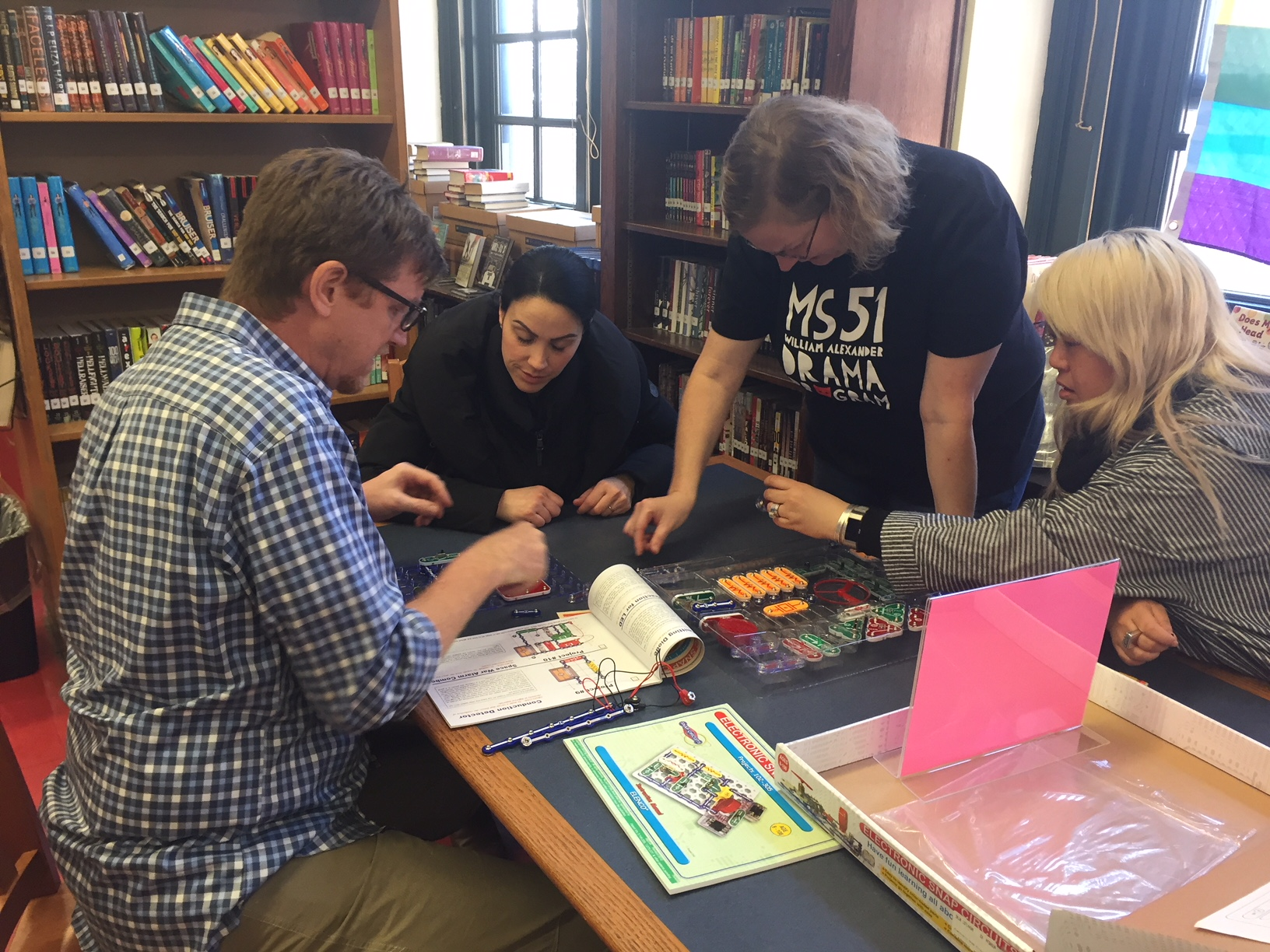 Makerspace teacher training SnapCircuits