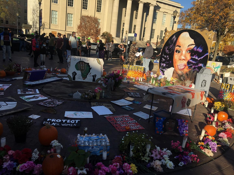 Breonna Taylor memorial at Injustice Square.