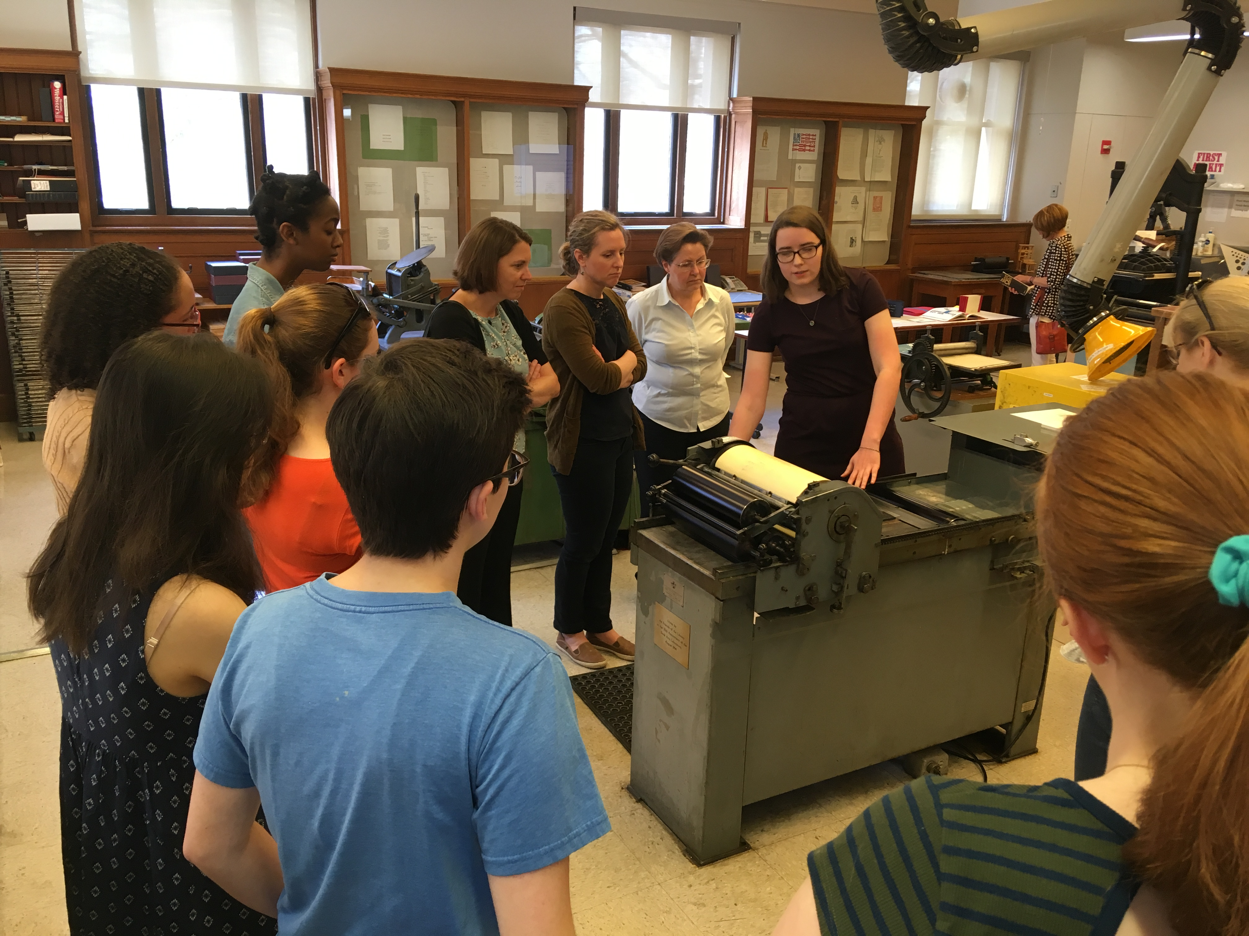 Students and faculty gather for Ruhlman Presentation in Book Arts Lab