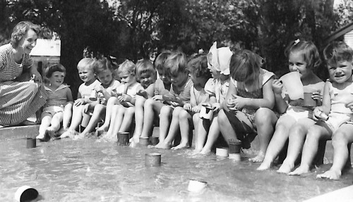 Kids in paddling pool 1955