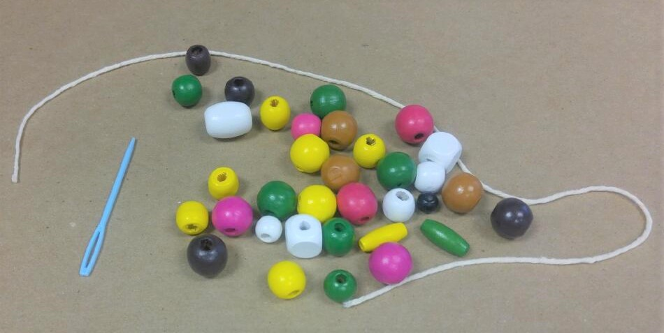 Beaded necklace kit