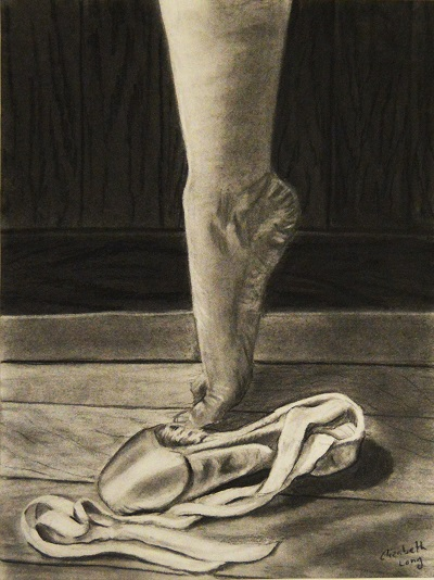 drawing of foot on pointe with pointe shoe nearby