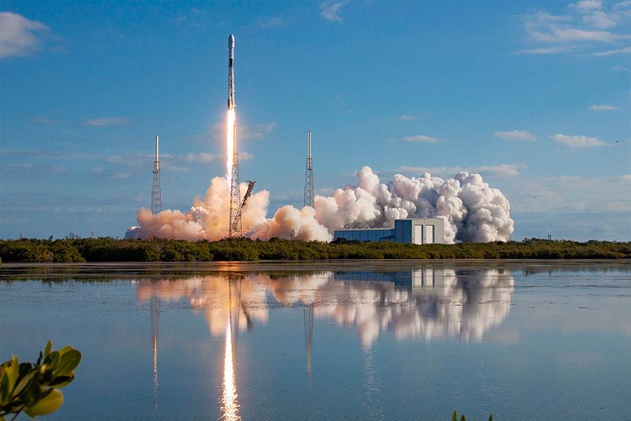 Rocket launch at KSC