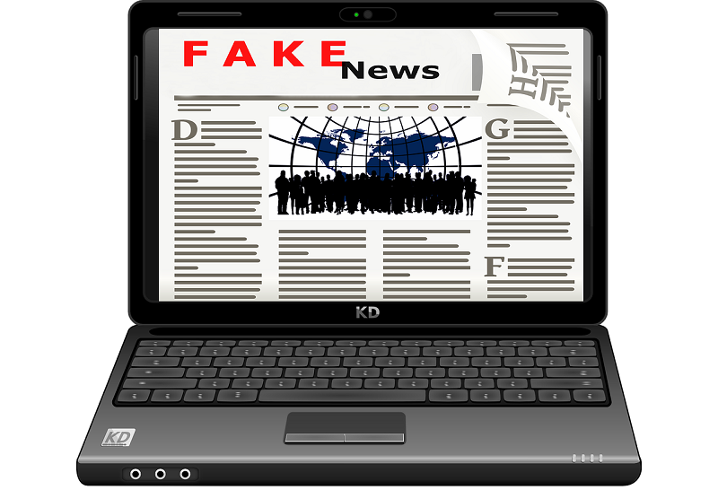 Picture of fake news on a laptop