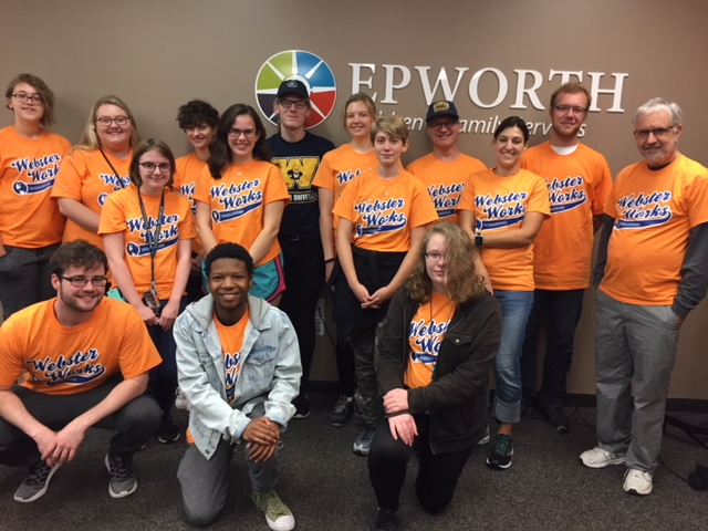2017 Scholars' learning community group photo at Epworth for Webster Works Worldwide community service project
