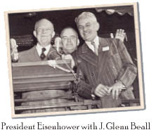 President Eisenhower with J.Glenn Beall