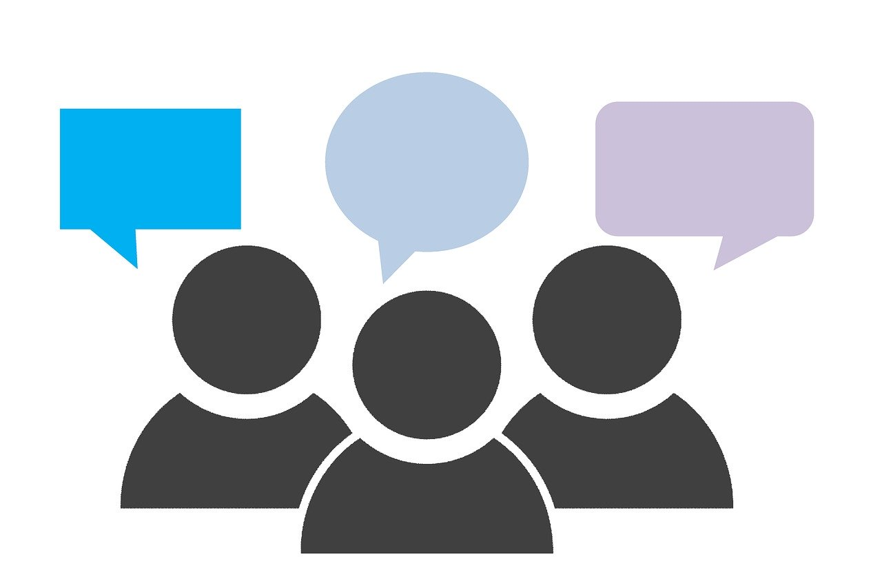 graphic with 3 outlines of people with speech bubbles above their heads.