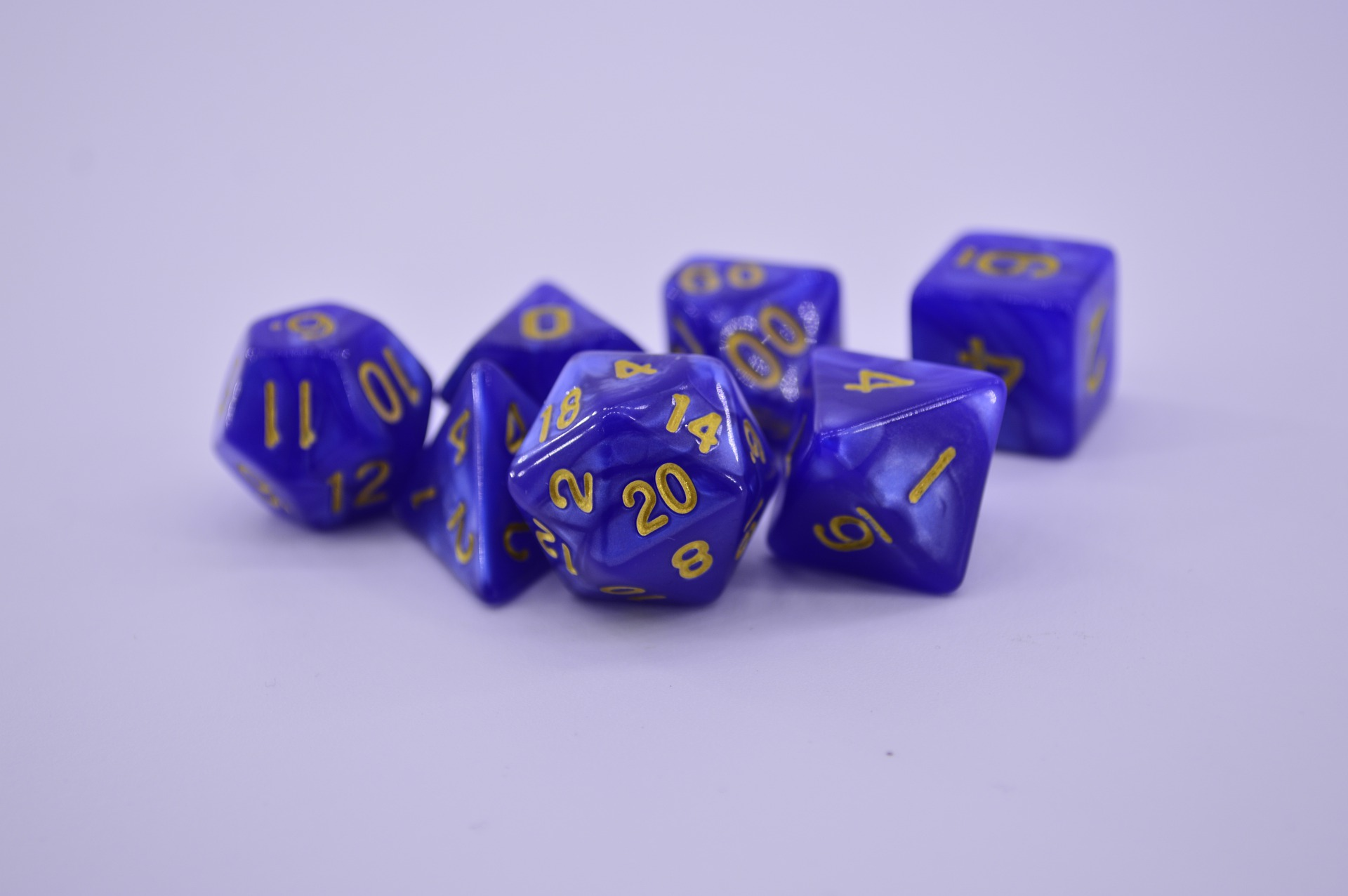 a picture of one set of seven polyhedral dice
