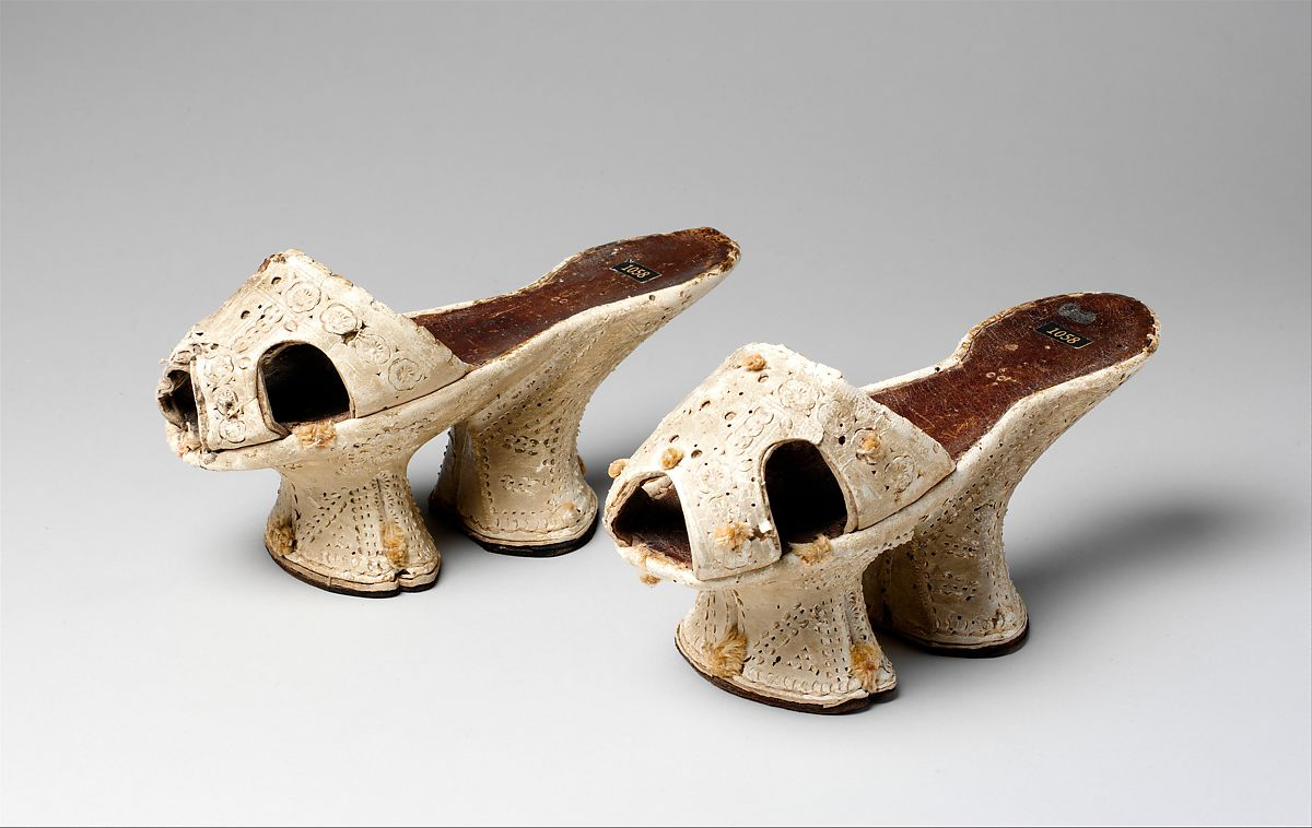 high platform shoes known as chopines ca. 1600