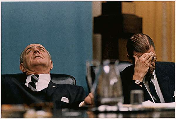 Moods, President Lyndon B. Johnson, Secretary of Defense Robert McNamara in Cabinet Room meeting - NARA - 192612.tif