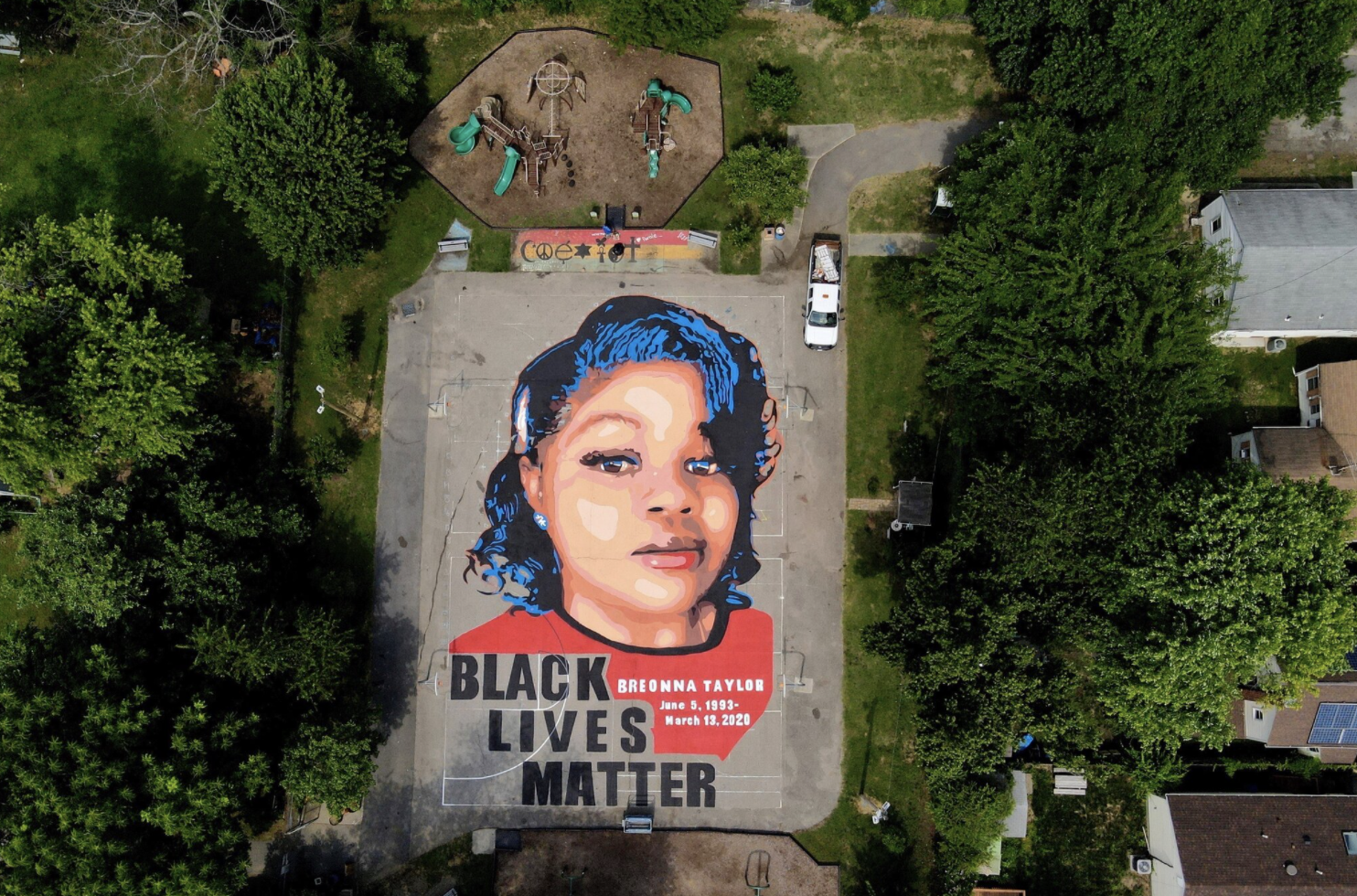 mural of Breonna Taylor