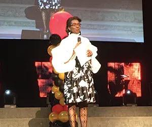 LaRonda Howard accepting her Outstanding Alumni Award.