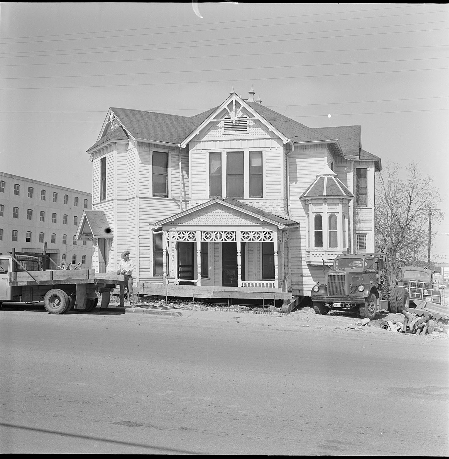 house being moved