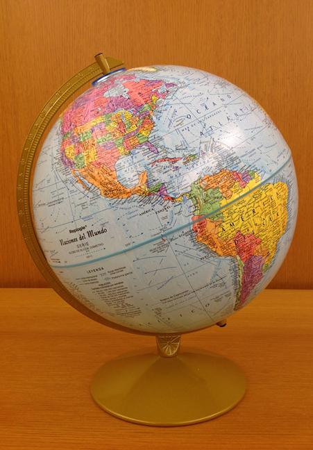 Earth globe Spanish
