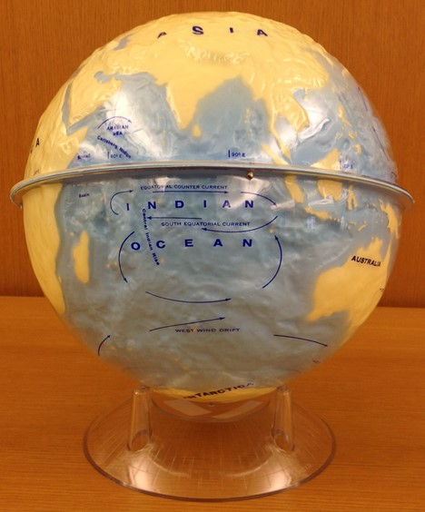 globe featuring water currents